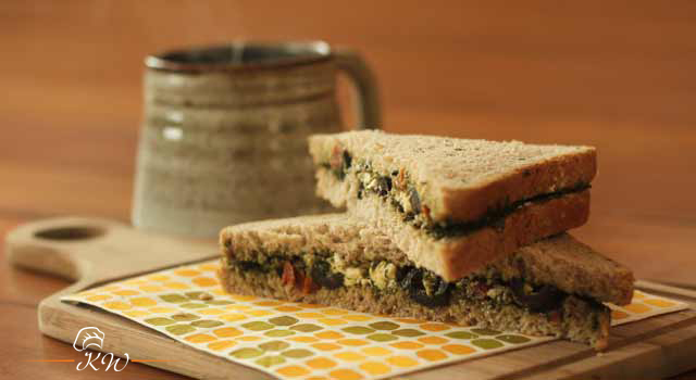 Video Recipe: Veg Mediterranean Sandwich